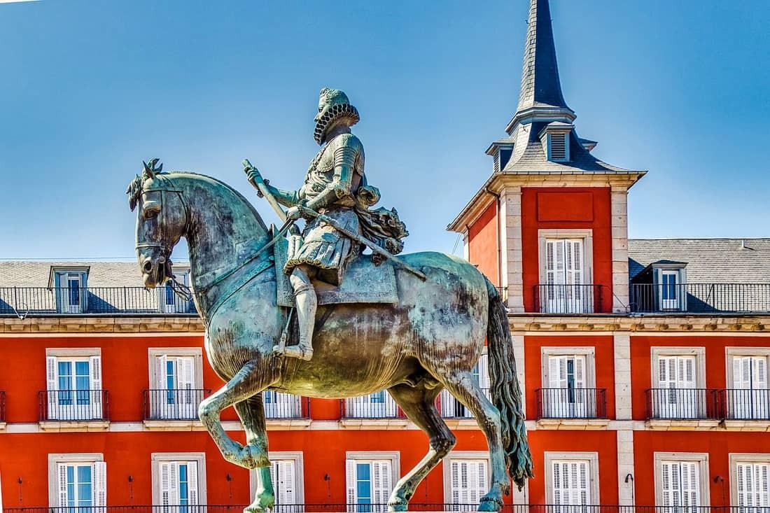 Reiter mit Pferd Denkmal in Madrid