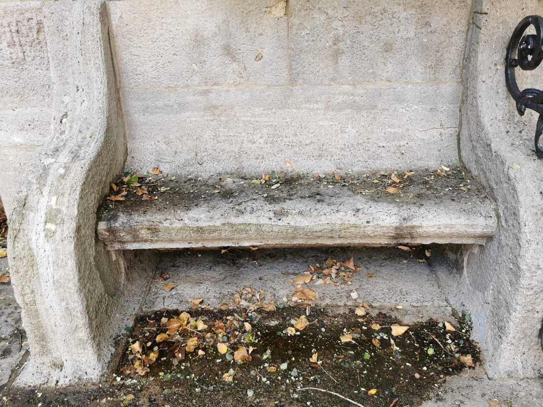 Stein Ruhebank Märchenbrunnen Leipzig